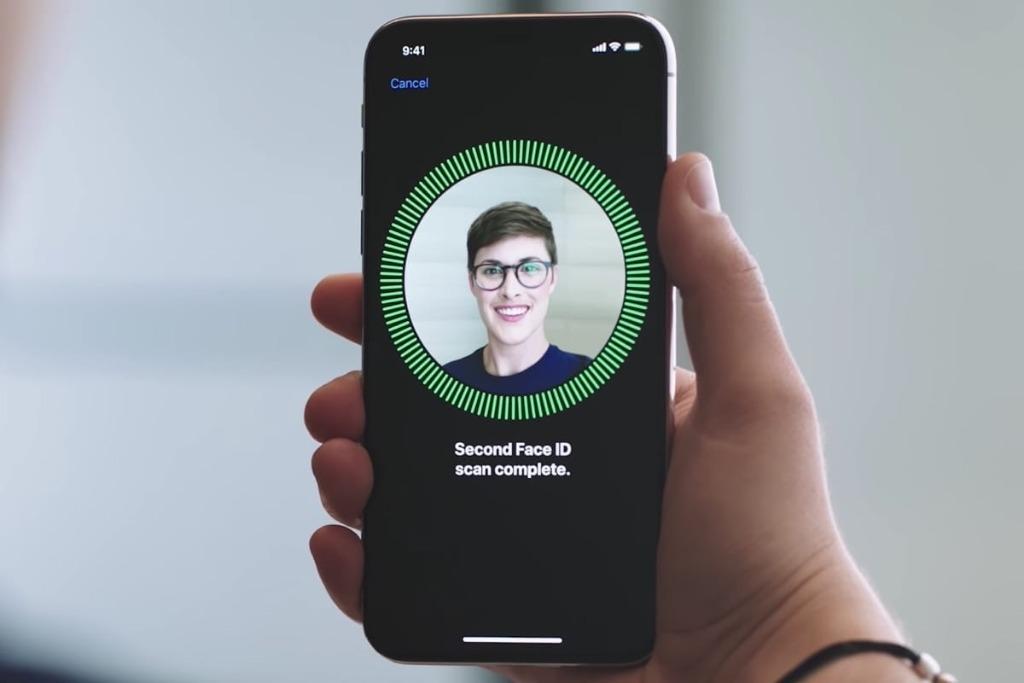 Система Face ID в новом iPhone X